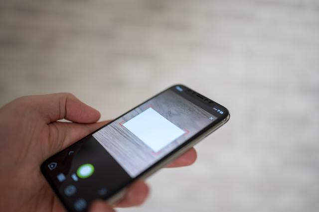 名刺はデータで管理する時代!名刺管理アプリとは?
