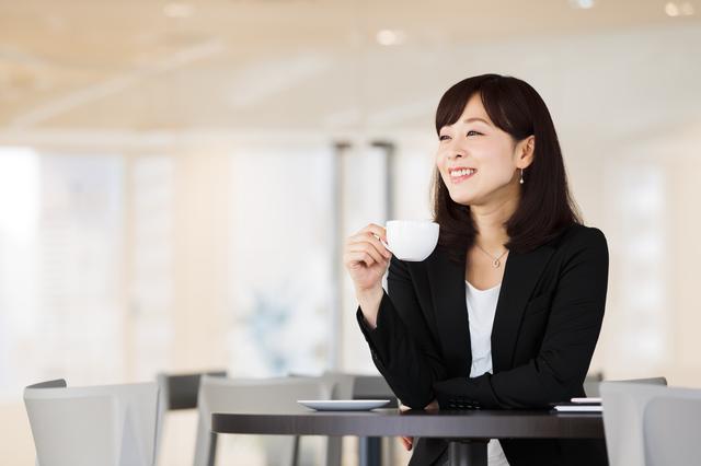 福岡県の女性の平均年収は?